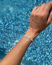 Load image into Gallery viewer, Xoxo beaded bracelet