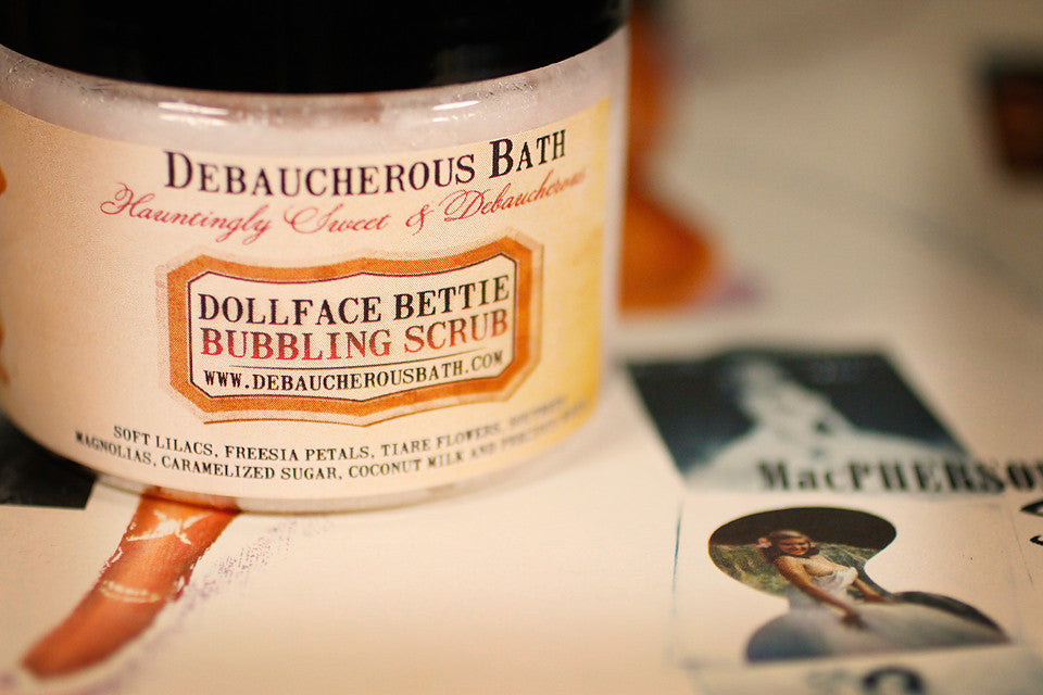 Dollface Bettie Bubbling Scrub