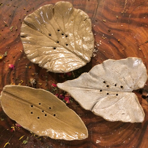 Natural Artisan, Leaf Cast Soap Dish