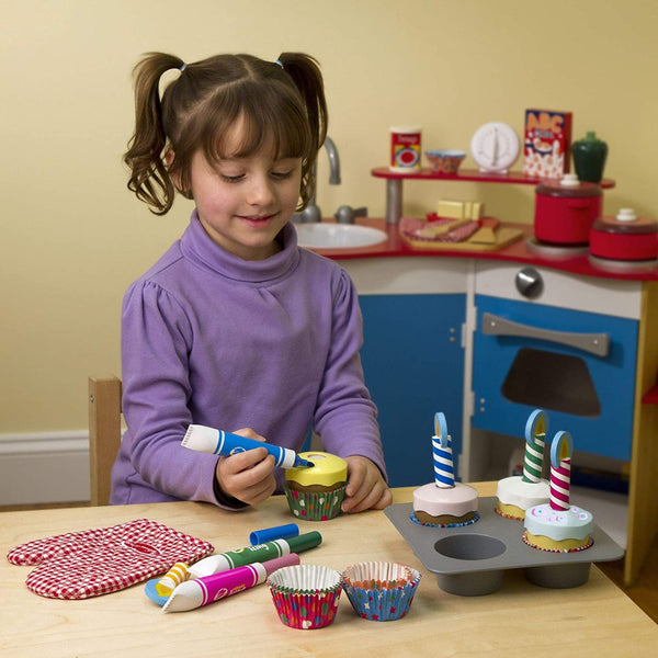Bake and Decorate Wooden Cupcake Set