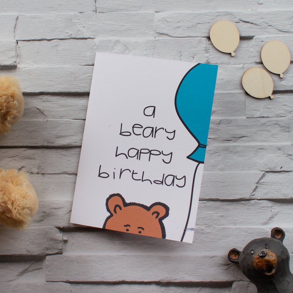 Beary birthday balloon