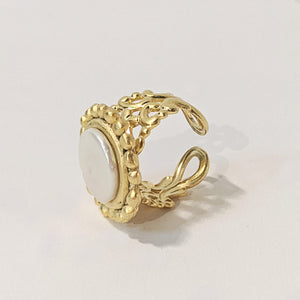 Dotted Coin Pearl Ring Gold