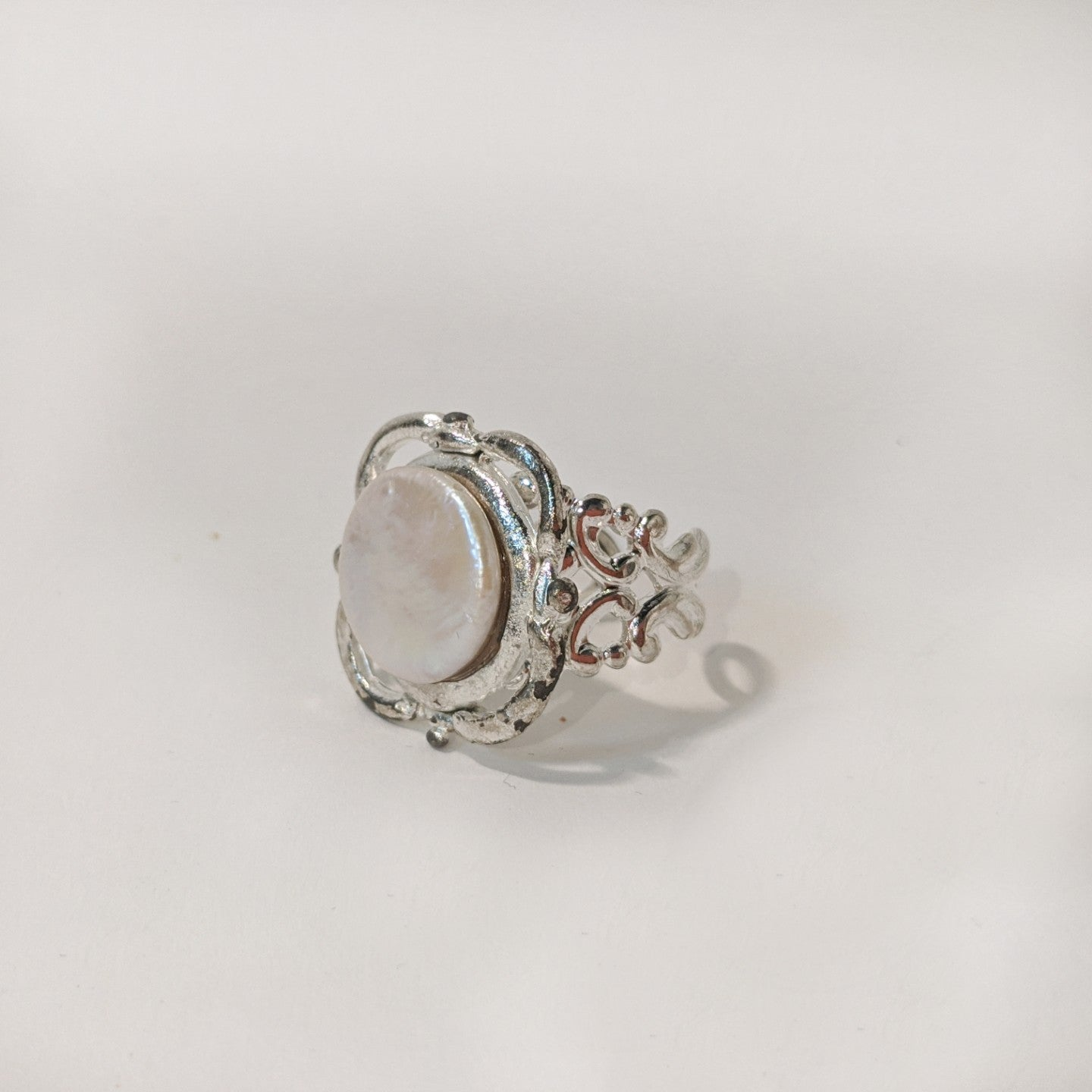 Coin Pearl Silver Scroll Ring