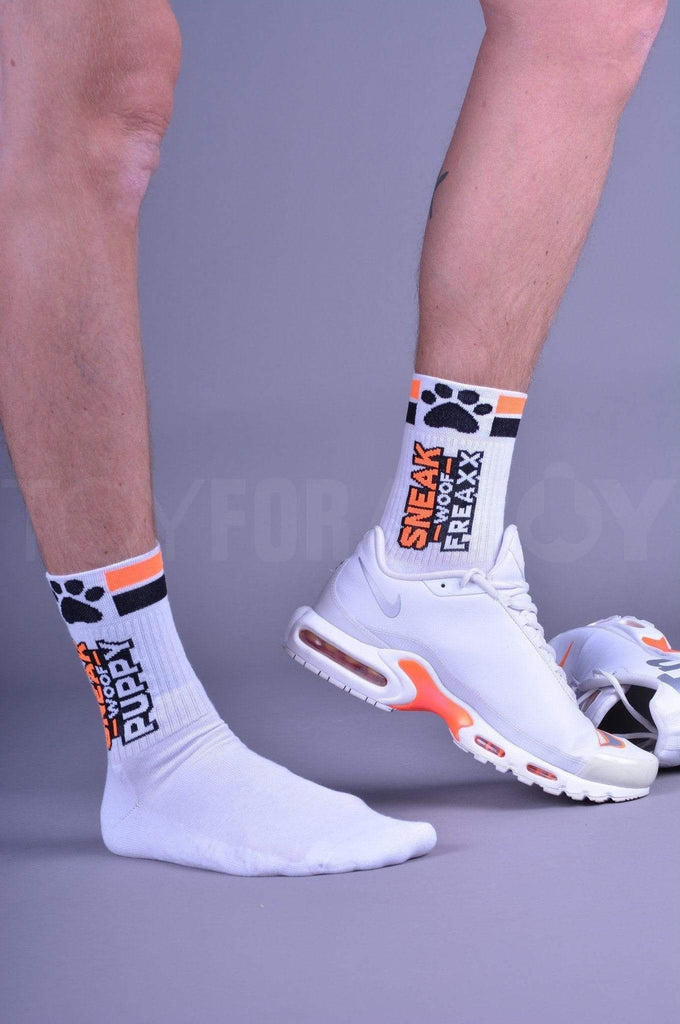 SNEAKFREAXX Puppy Socks - Orange Socks SNEAKFREAXX