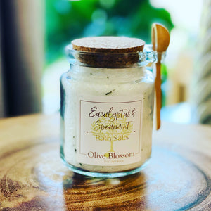EUCALYPTUS & SPEARMINT | JAR OF 8 OZ BATH SALTS WITH SPOON