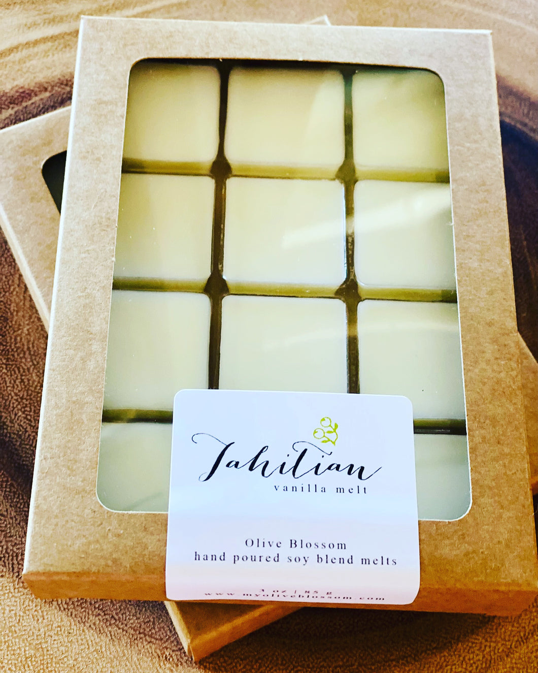 TAHITIAN VANILLA | 12 BLOSSOM MELTS IN KRAFT BOX