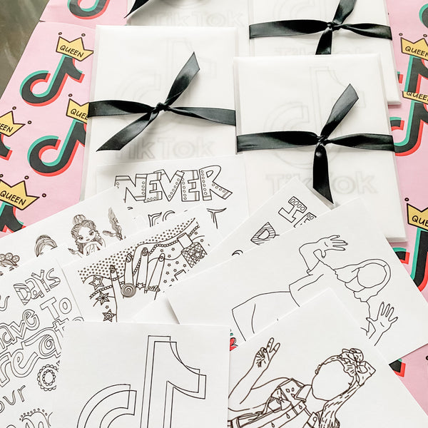 TICTOK GIRL BIRTHDAY COLOURING SET