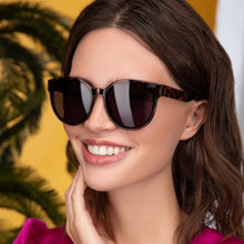 Load image into Gallery viewer, FREYRS Diva Sunglasses: 2 Colors