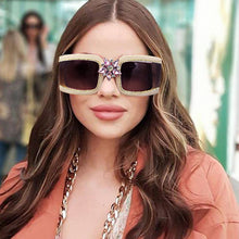 Load image into Gallery viewer, ROYAL GIRL SUNGLASSES