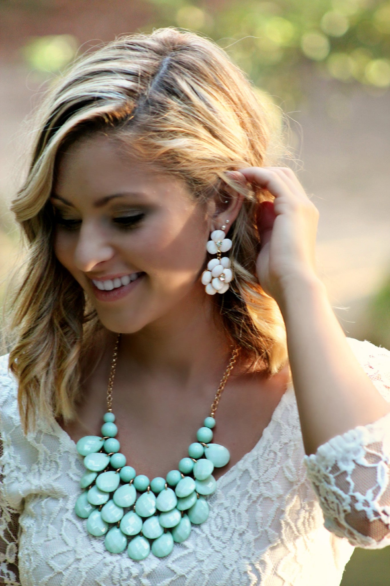 Spring Daisy Earrings - Leah B. Boutique