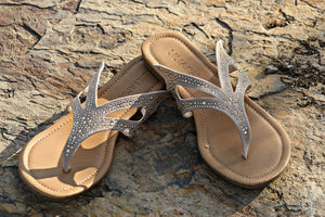 Masque Sandal - Leah B. Boutique