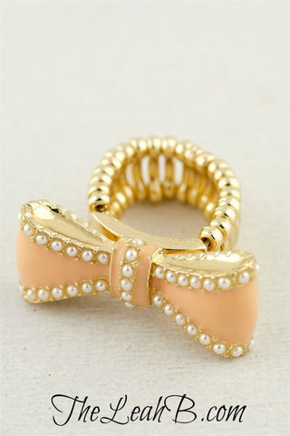Peachy Keen Bow Ring