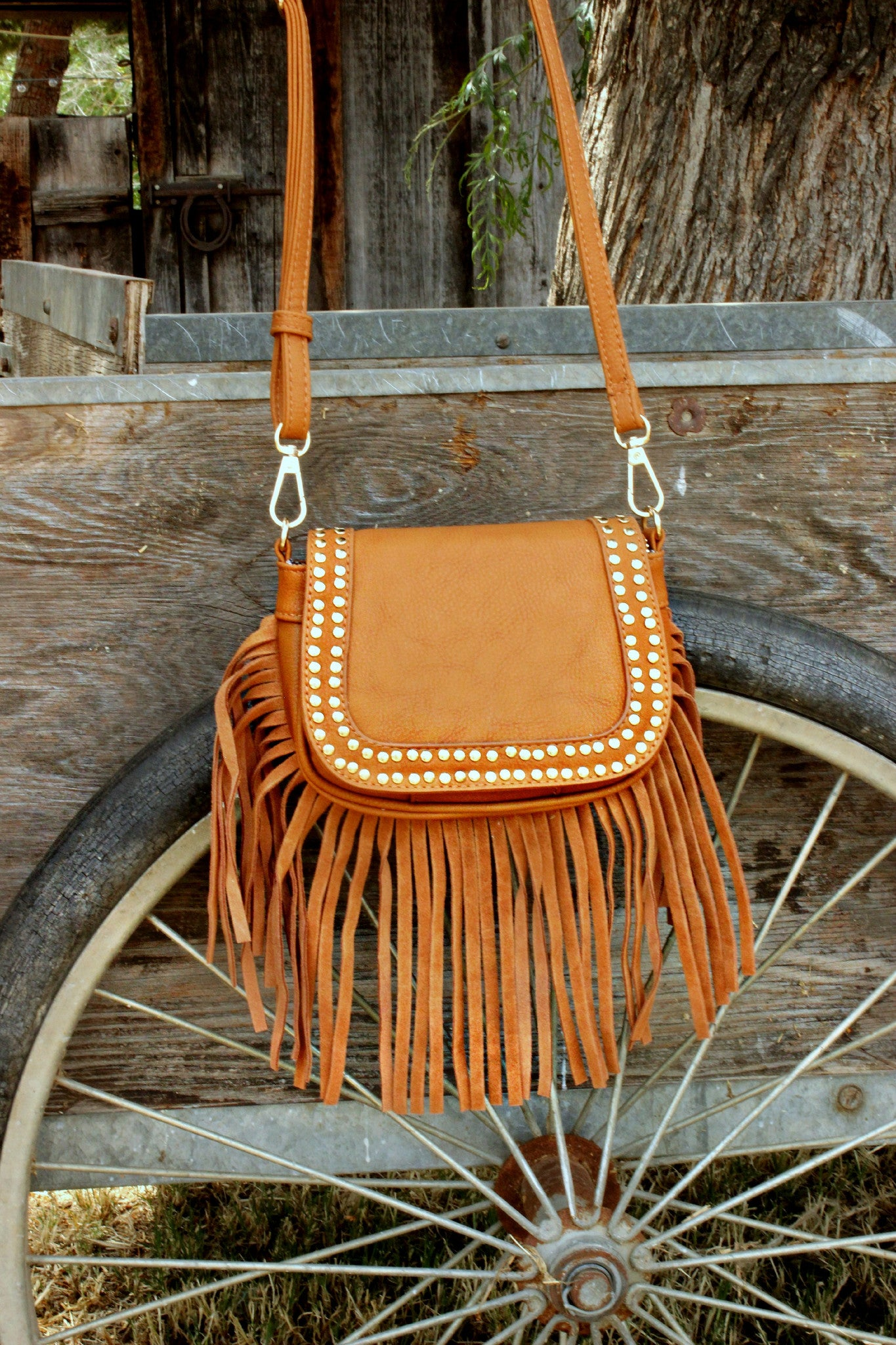 Wayward Traveler Messenger - Leah B. Boutique
