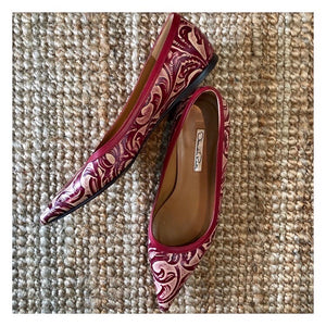 Oscar De La Renta Leather Embossed Damask Print Burgundy