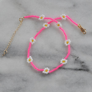 Libby & Smee neon pink daisy chain choker