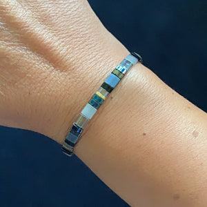 Libby & Smee stretch tile bracelet in Grey Mix