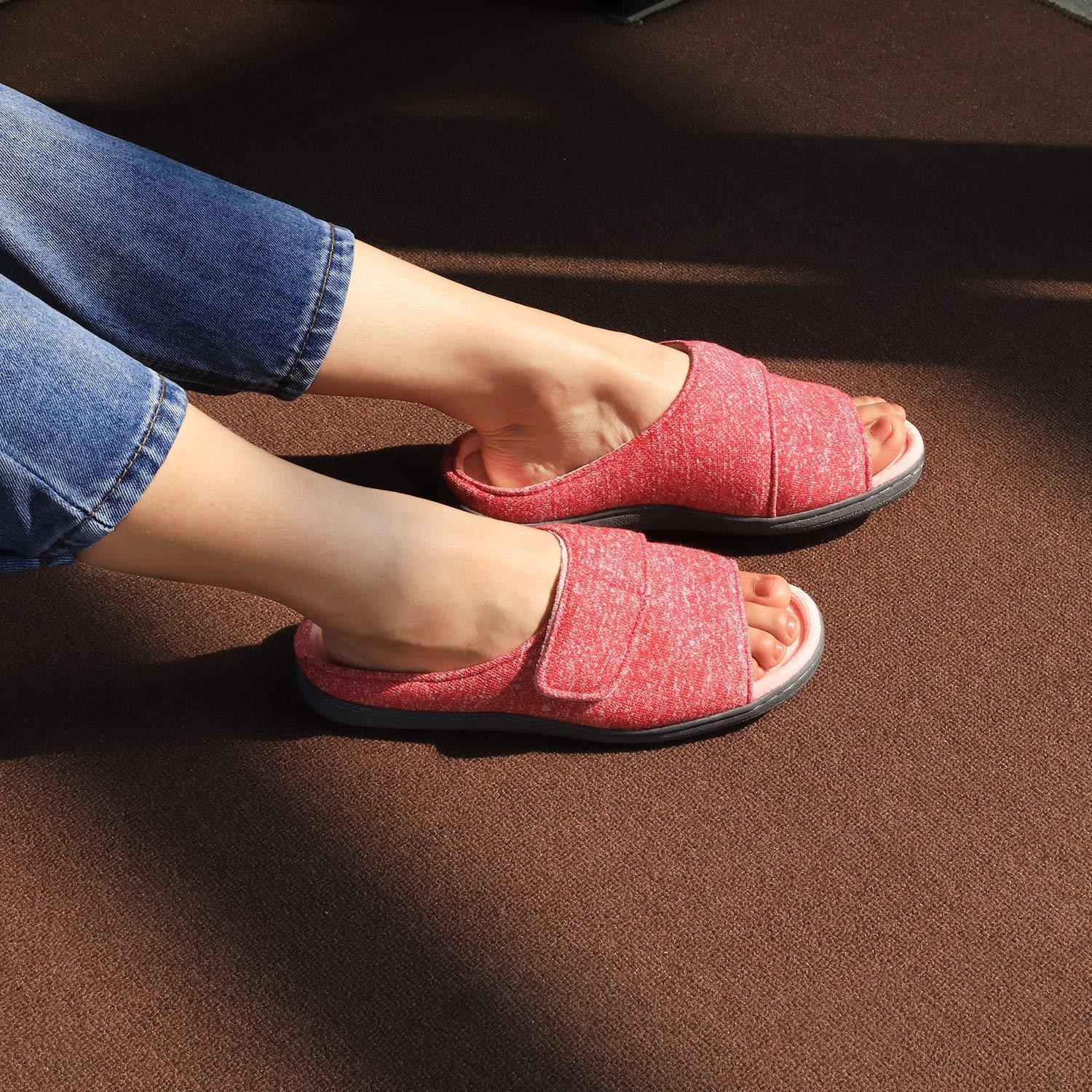 VeraCosy open toe slippers