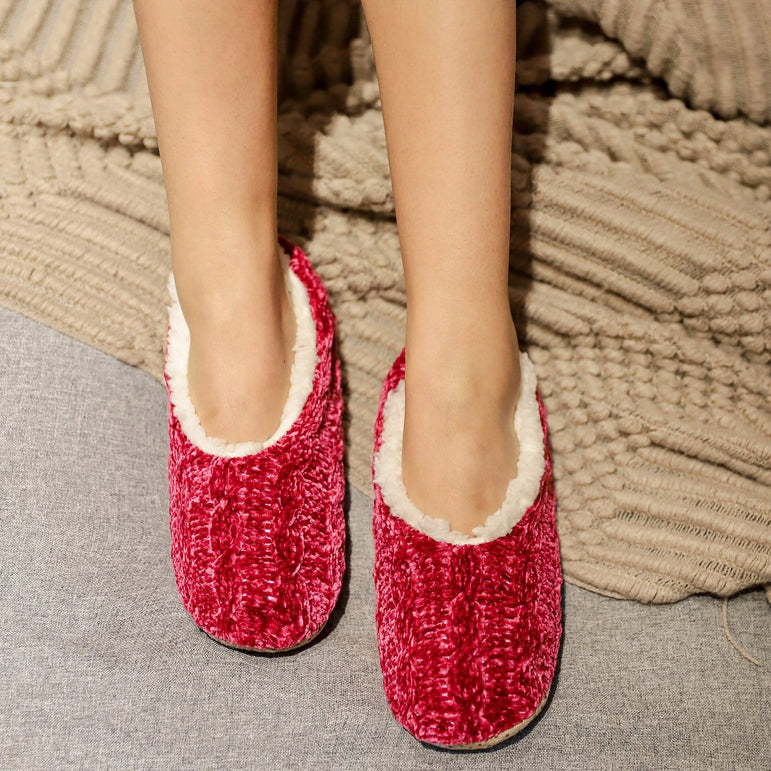 Ladies' Chenille Fuzzy Cable Knit Slipper Socks