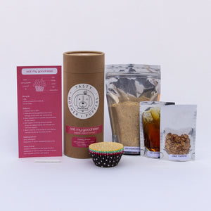 "Everything that comes inside the ""oat my goodness!"" packaging"