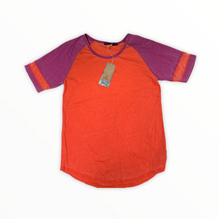 Primary Photo - BRAND: PRANA STYLE: TOP SHORT SLEEVE COLOR: CORAL SIZE: L SKU: 108-10839-202208