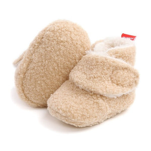 Faux Fur Crib Walking Baby Booties