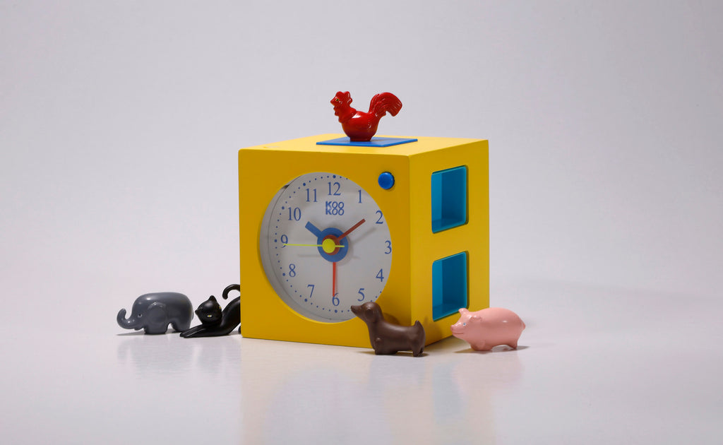 KOOKOO KidsAlarm alarm clock for children including 5 magnetic animals and 5 animal calls field recording wood clock