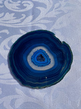 Load image into Gallery viewer, Blue polished Agate Slice drink coasters - set of 4 BCMD011