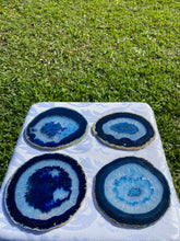 Load image into Gallery viewer, Blue polished Agate Slice drink coasters - set of 4 BCMD015