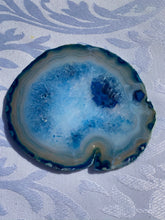 Load image into Gallery viewer, Blue polished Agate Slice drink coasters - set of 4 BCMD016