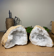 Clear Quartz crystal geode - home décor and table display 17