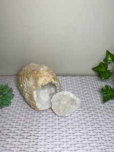 Clear Quartz crystal geode - home décor and table display 20