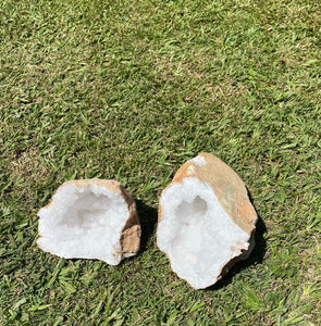 Clear Quartz crystal geode - home décor and table display 33