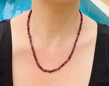 Load image into Gallery viewer, Garnet bead necklace