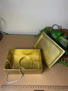 Gold trinket, jewellery or gift box with polished natural Copper handle