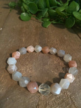 Load image into Gallery viewer, Apricot and Grey Moonstone bead bracelet