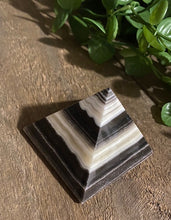 Load image into Gallery viewer, Zebra Onyx Crystal Pyramid, paper weight or unique display piece - Small