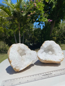 Large Clear Quartz crystal geode - home décor and table display 35