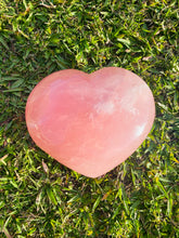 Load image into Gallery viewer, Large high quality Rose Quartz love heart