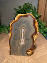 Load image into Gallery viewer, Natural Agate end - natural stone paper weight - home decor or unique office display AEMD0009