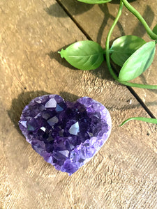 Natural amethyst heart