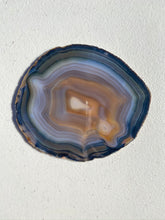 Load image into Gallery viewer, Natural polished Agate Slice drink coasters - Set of 4 NCMD00010