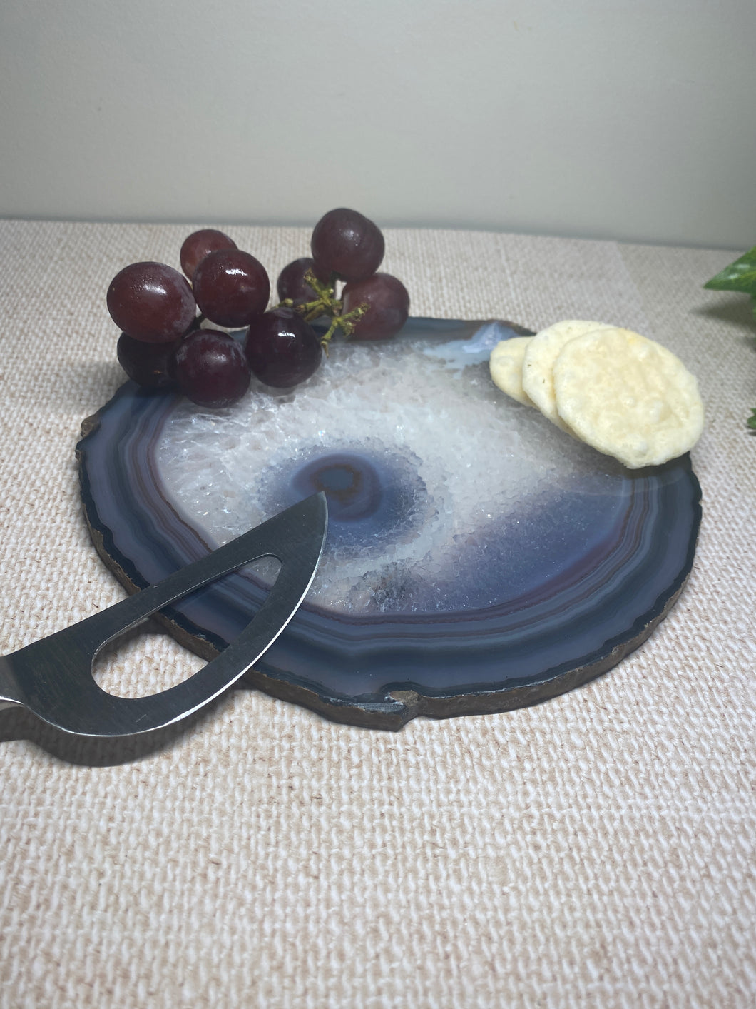 Polished Natural Agate slice - small cheese board or serving platter