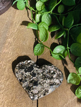 Load image into Gallery viewer, Pyrite love heart