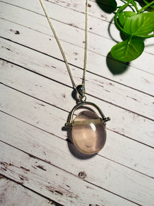 Rose Quartz pendant set in sterling silver - necklace