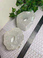 Load image into Gallery viewer, Set of 2 Quartz tea light Candle Holder