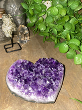 Load image into Gallery viewer, Amethyst Crystal love heart