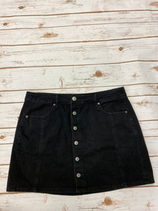 American Eagle Short Skirt Size 15/16