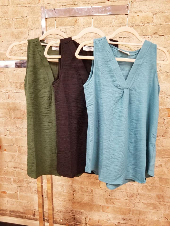 Dressy V-neck Sleeveless Top