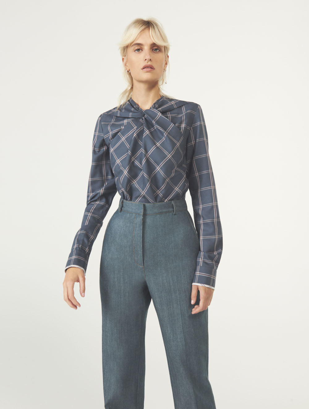 Women Fashion Lookbook Resort 2020 Collection Aknvas Look 10