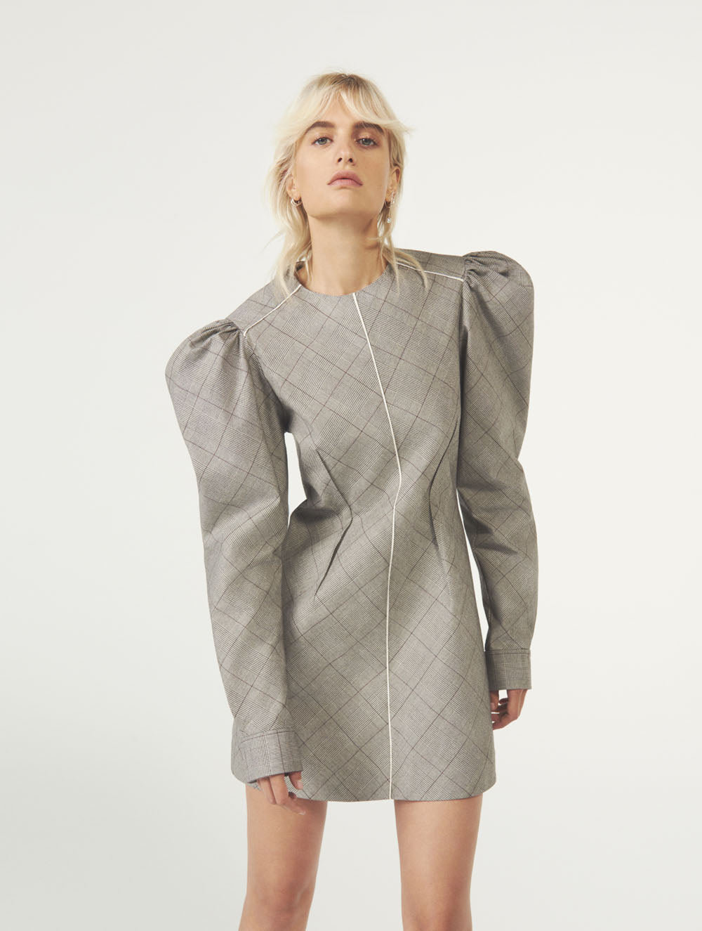 Women Fashion Lookbook Resort 2020 Collection Aknvas Look 4